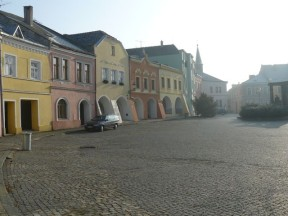 Pitoreskní mrtvost Horního náměstí. Foto: archiv autora